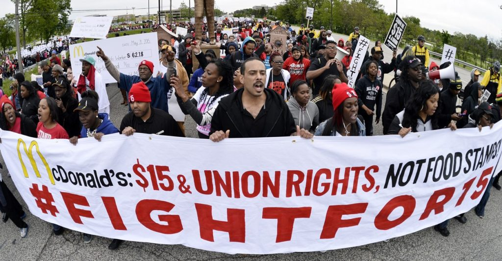 150529_FightFor15-1250x650